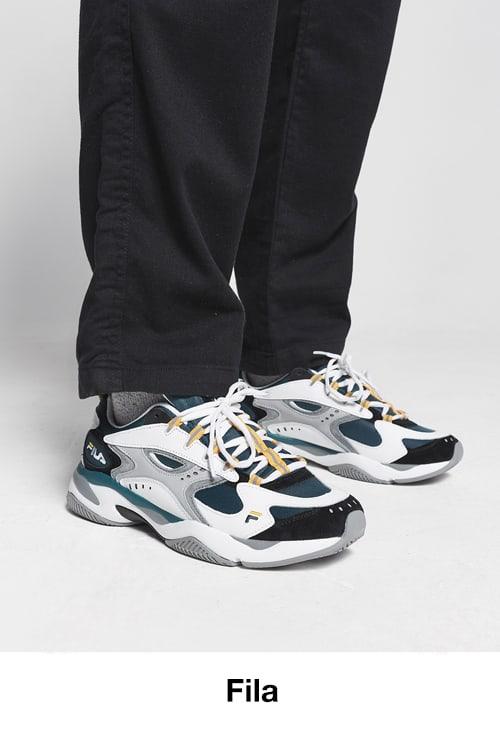 42556f18ab9 All Brands adidas Originals Nike Stüssy Fila The North Face Jordan New  Balance Carhartt WIP Converse · Women